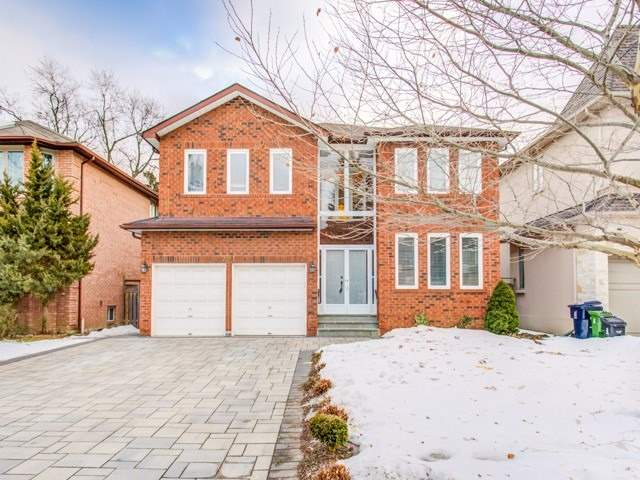 221 Greenfield Ave Toronto