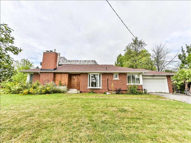 2 Bayberry Cres