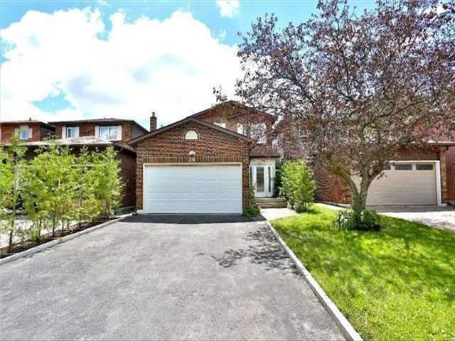 39 Coventry Crt Richmond Hill