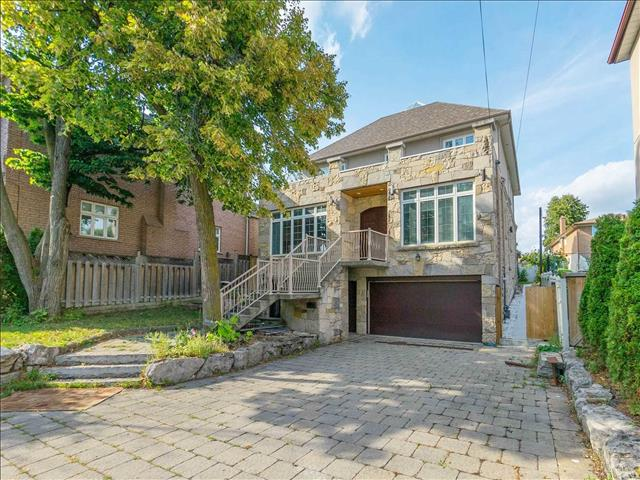 348 Maple Leaf Dr Toronto