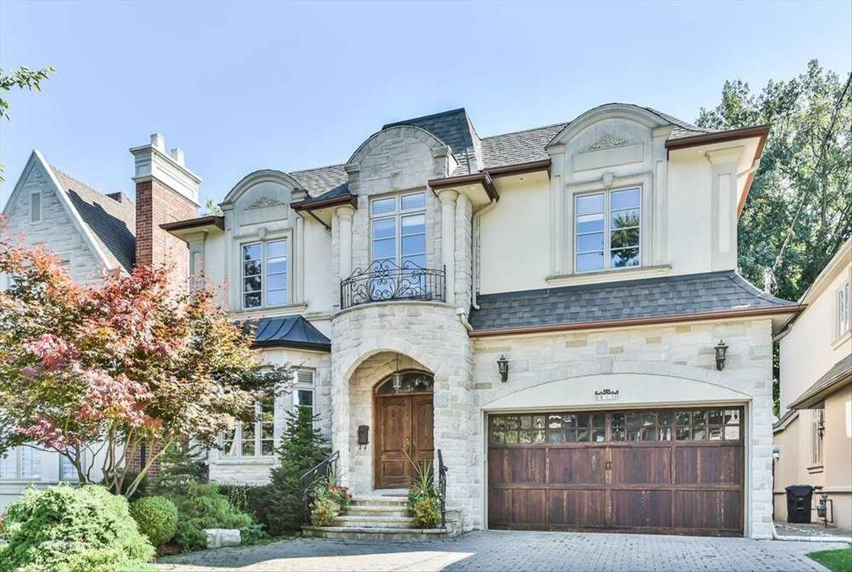 417 Empress Ave Toronto Bella Lee