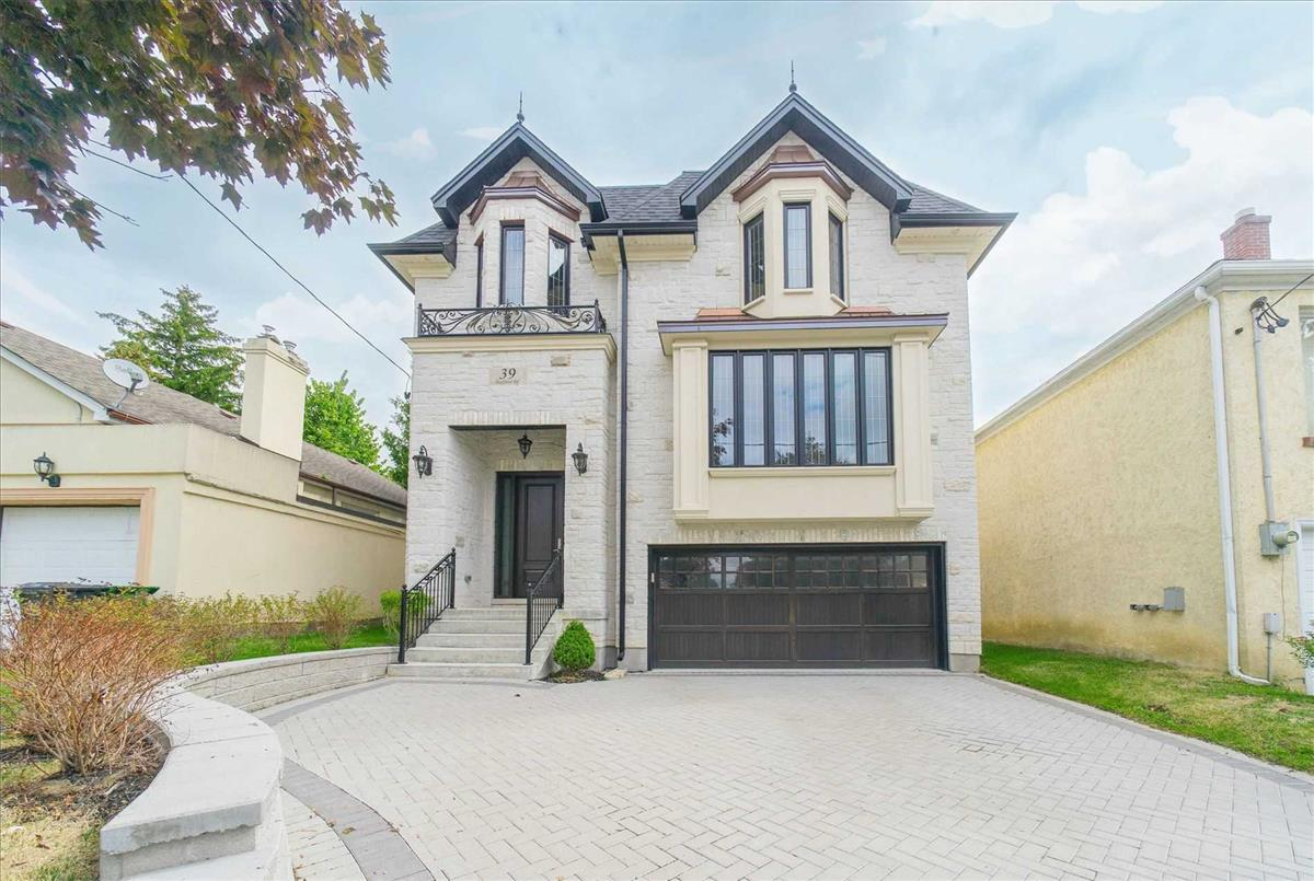 39 Stafford Rd Toronto Bella Lee